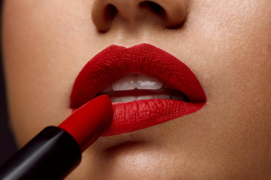 5 Best lipsticks you need to grab this winter!