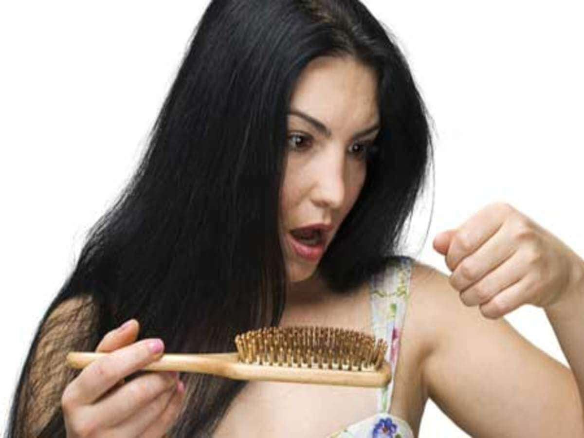 SICK OF HAIR FALL? HERE ARE 6 NATURAL REMEDIES TO STOP…