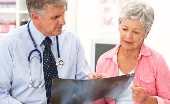 7 Tips To Choosing The Right Senior Citizen Health Insurance Plan!